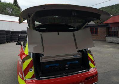 whiteboard tavle monteret i brandkøretøj